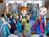 En jeu : 5 poupées «La Reine des Neiges»+ 5 jouets «La Reine des Neiges» !