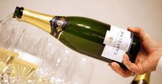 30 bouteilles de champagne Castelnau Millésime 2006 à remporter