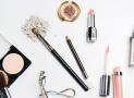 10 coffrets de 8 produits de beauté offerts
